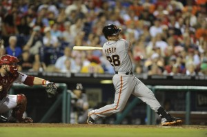 Buster Posey hits a game-tying home run in the 9th inning against Jonathan Papelbon